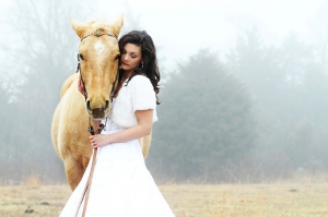 horse bridal shoot | Taisia Gordon Photography-01