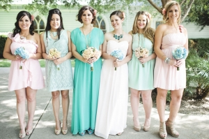 mint and blush DIY wedding | Sara Lucero-04