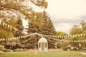 Rustic Summer Wedding | Lindsey Gomes-05