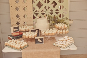 Rustic Summer Wedding | Lindsey Gomes-20