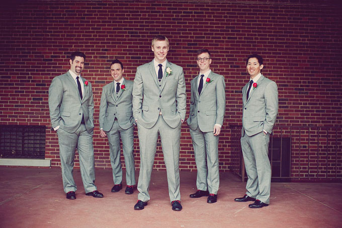 A Modern Red and Gray Wedding | Glamour & Grace