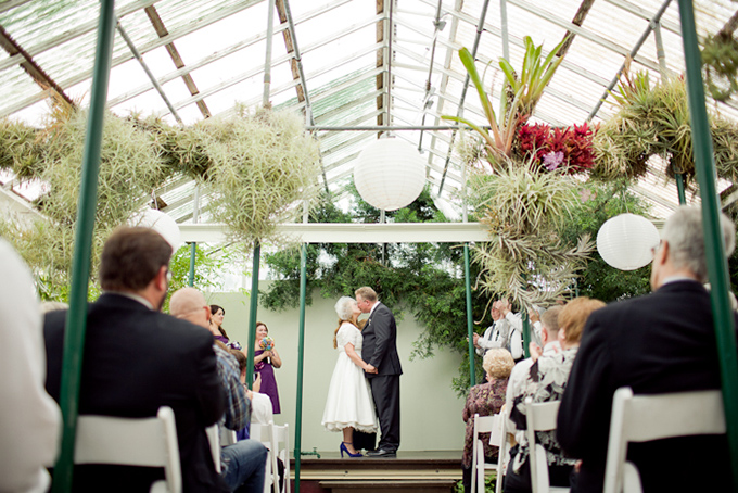 DIY greenhouse wedding | Krista Marie Photography-06
