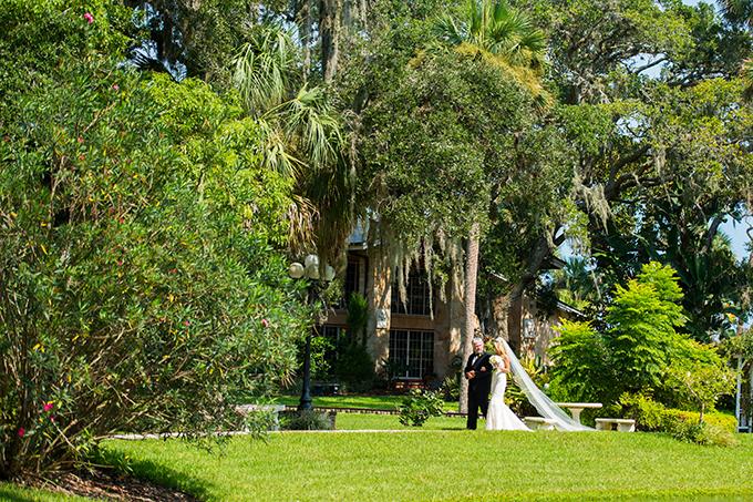 vintage glam wedding   Mark Dickinson