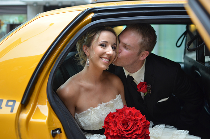 red and black NYC wedding | Jessica Schmitt Photography