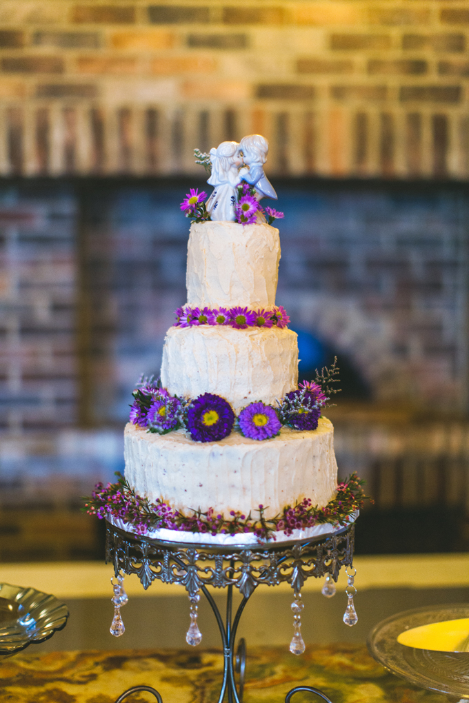 elegant rustic purple wedding | Concept Photography