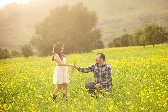 rainbow engagement session | Jessica Elizabeth Photographers