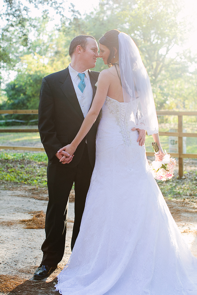 pink and blue barn wedding | KT Crabb Photography