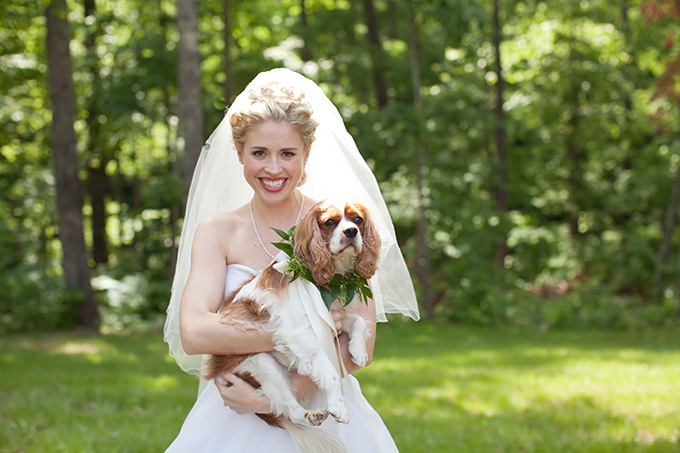 a bride and her dog | Chesley Summar Photography