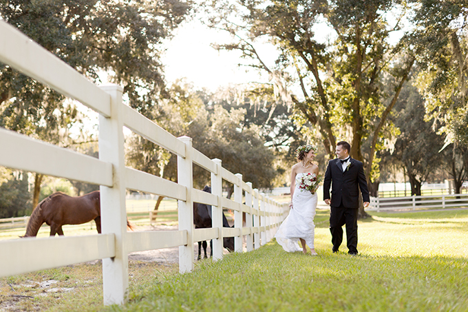 Christmas wedding inspiration   Theresa NeSmith Photography   Glamour & Grace
