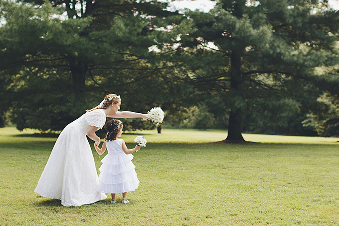 bride and flower girl | Brooke Courtney Photography | Glamour & Grace