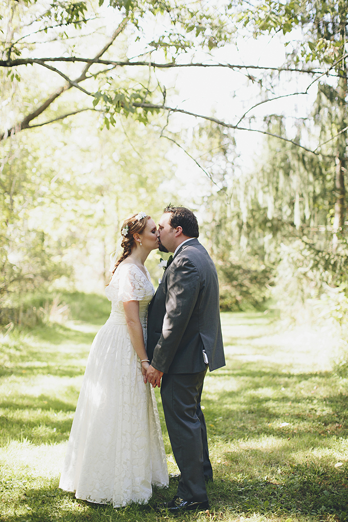 summer farm DIY wedding | Brooke Courtney Photography | Glamour & Grace