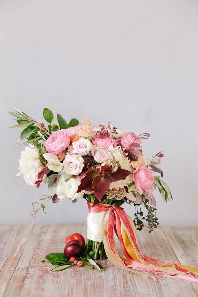 lush fall bouquet from Haute Horticulture | Annabella Charles | Glamour & Grace