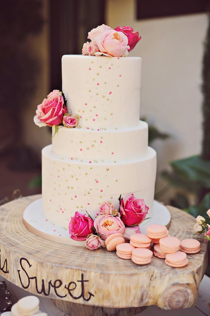 pink and gold cake by Sweet Lydias | Arina B Photography | Glamour & Grace