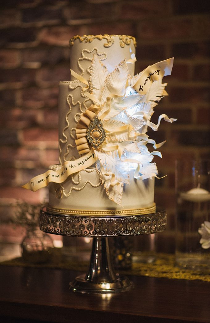 Great Gatsby cake by Sweet Cakes | Jordan Weiland | Glamour & Grace