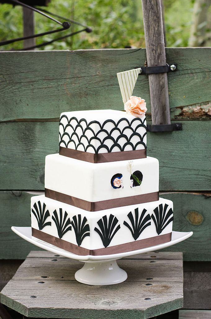 art deco cake by Juliana's Bakery and Cakery | Green Blossom Photography | Glamour & Grace