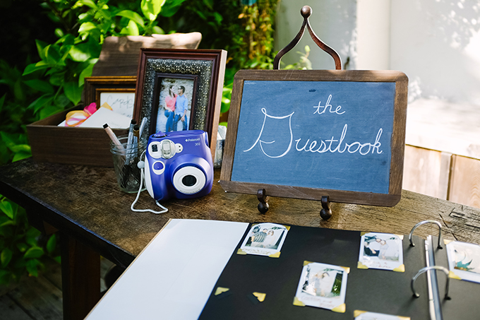 polaroid guest book | Snapmotive | Glamour & Grace
