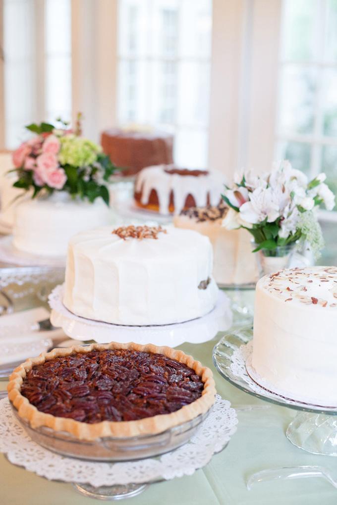 wedding cake and pie | Justin DeMutiis Photography | Glamour & Grace