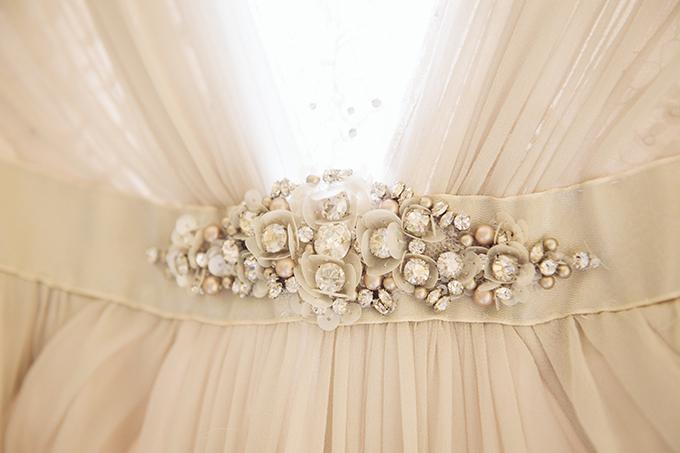 Jenny Packham gown   Riverland Studios   Glamour & Grace