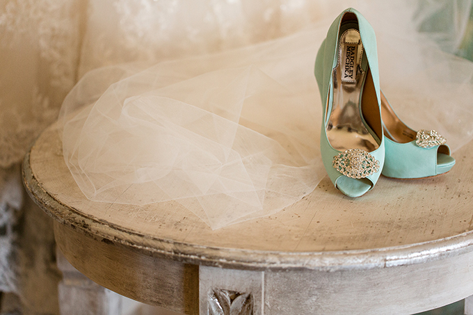 Badgley Mischka mint heels | Katelyn James Photography | Glamour & Grace