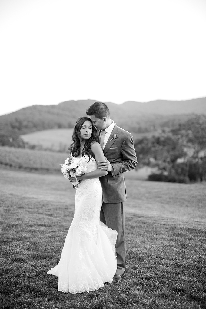 peach and mint Pippin Hill wedding | Katelyn James Photography | Glamour & Grace