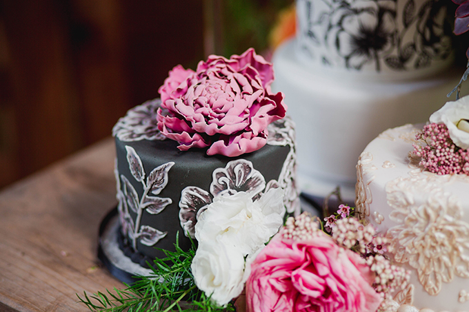 floral painted cakes | Kate's Lens Photography | Glamour & Grace