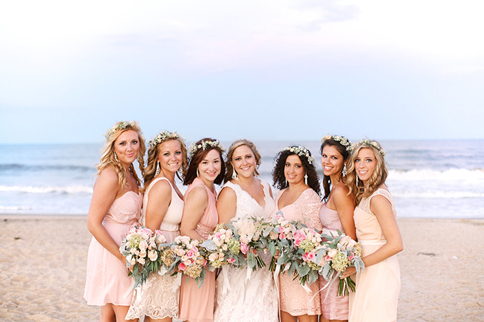 pink and peach mismatched bridesmaids | Kacie Lynch Photography | Glamour & Grace