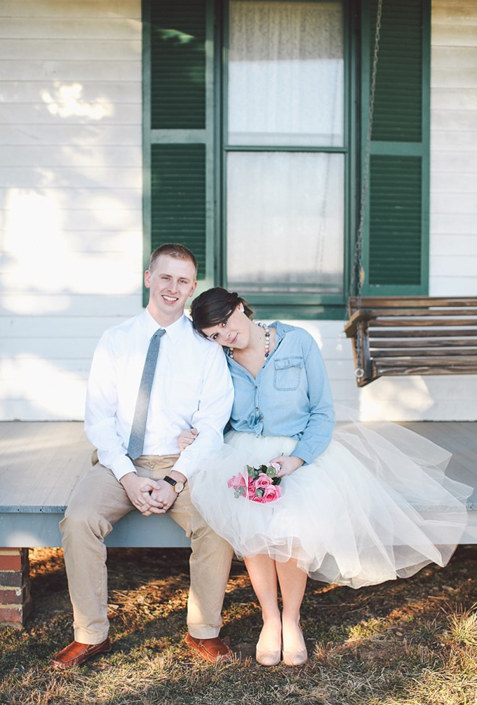 denim and tulle engagement | Photos by Sarah Beth | Glamour & Grace