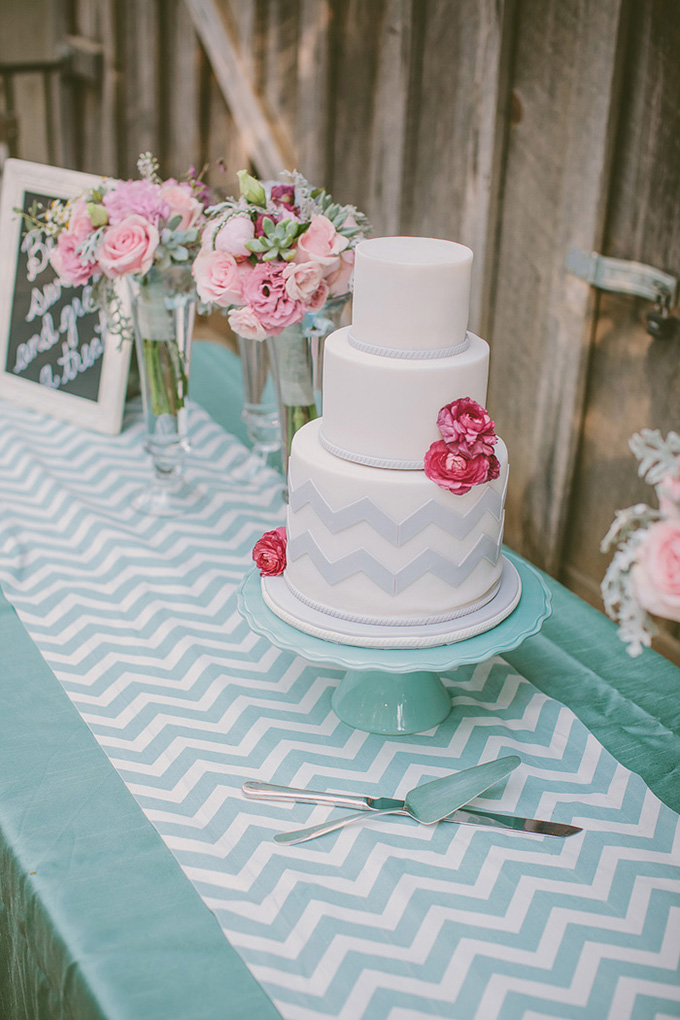 chevron cake | Kris Holland Photography | Glamour & Grace