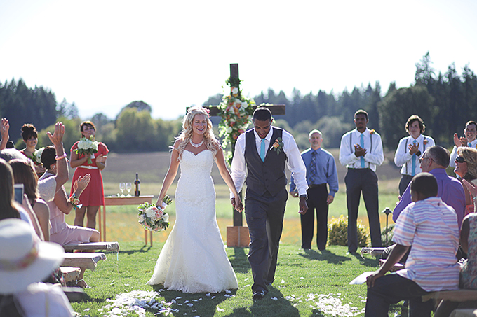 colorful handmade Roloff Farms wedding | Nakalan McKay Photography | Glamour & Grace