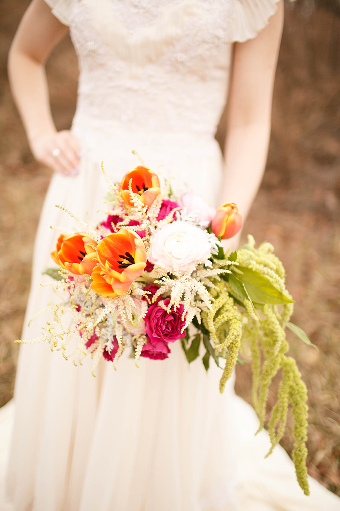 lush pink and orange bouquet | V.A. Photography | Glamour & Grace