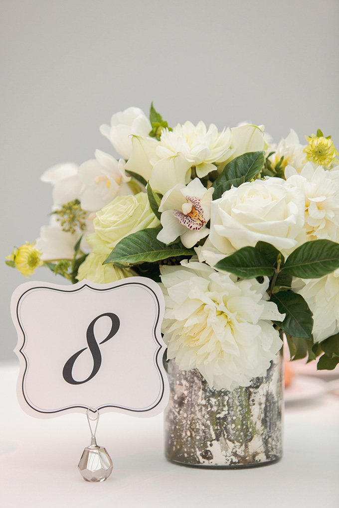 white centerpiece | Kimberly Salem Photography | Glamour & Grace