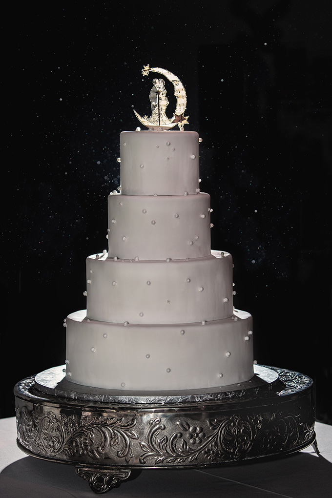 art deco cake | Kimberly Salem Photography | Glamour & Grace