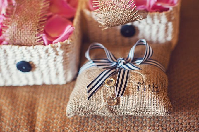 burlap ring bearer pillow   Sun & Sparrow Photography   Glamour & Grace