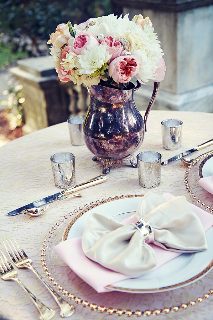 romantic vintage place setting | Marie Violet Photography | Glamour & Grace