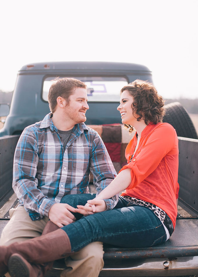 vintage truck engagement | Suzanne Garland Photography | Glamour & Grace