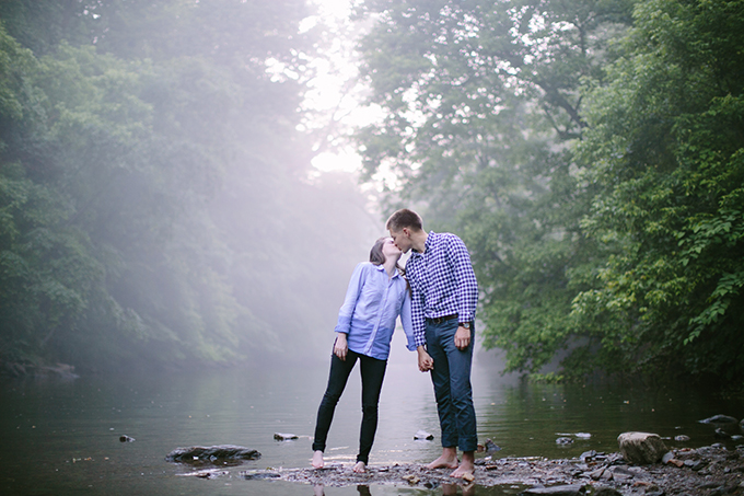 foggy river engagement | Almond Photography | Glamour & Grace