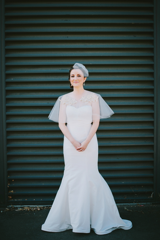 the bride made her veil and caplet to pair with her Nicole Miller gown | Jerry Yoon Photographers | Glamour & Grace