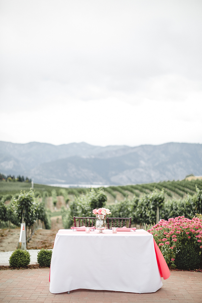 sweetheart table | Jacquelynn Brynn Photography | Glamour & Grace