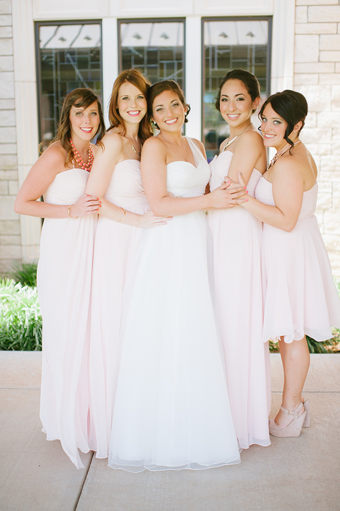 blush bridesmaids | Candi Coffman Photography | Glamour & Grace