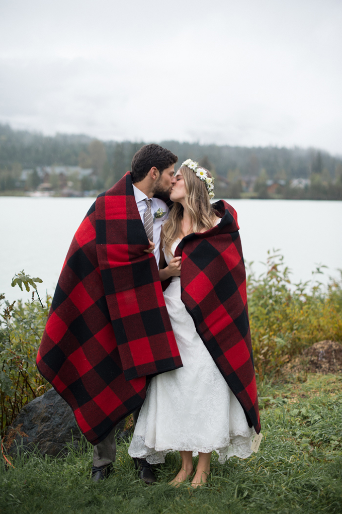 rustic mountain wedding   Christie Graham Photography   Glamour & Grace