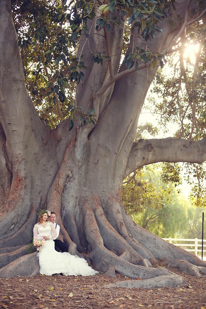 vintage barn wedding | Lukas & Suzy VanDyke | Glamour & Grace