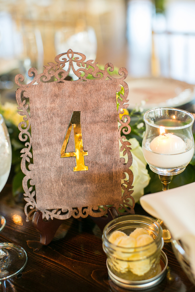 wood table numbers | Macon Photography | Glamour & Grace