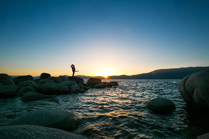 Lake Tahoe picnic engagement | Ryan Greenleaf Photography | Glamour & Grace
