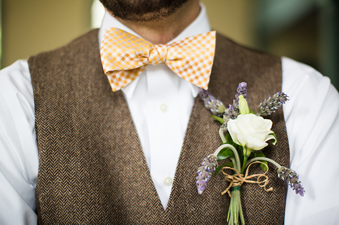 rustic groom | Brianna Wilbur Photography | Glamour & Grace