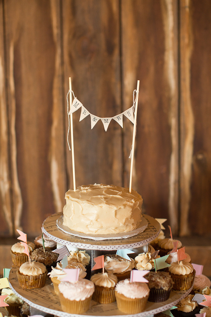 rustic cake | Two Maries | Glamour & Grace