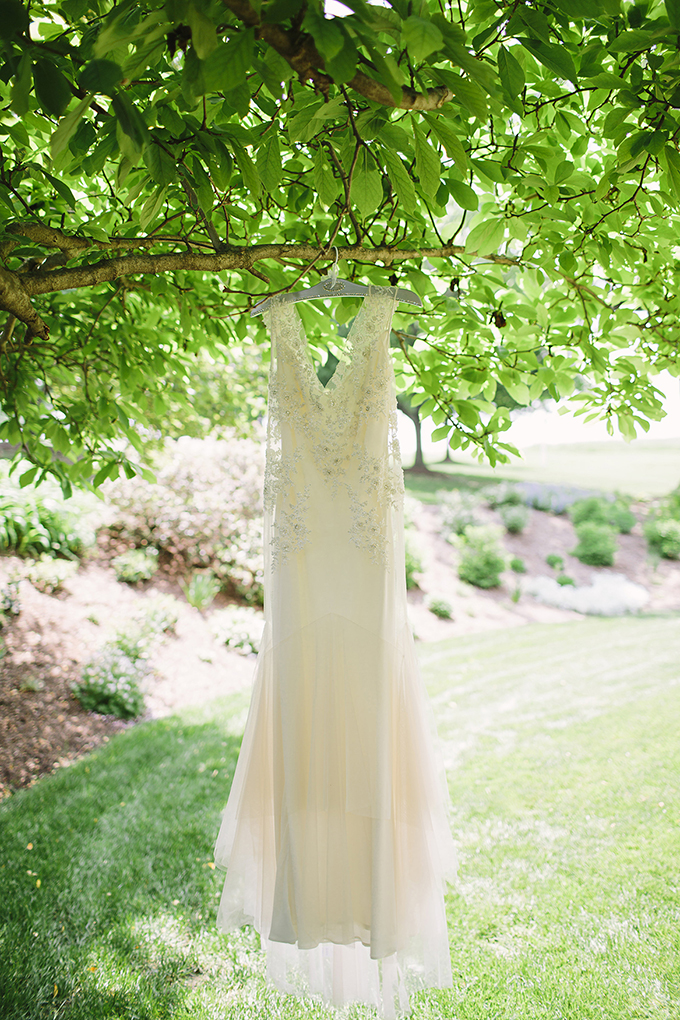 Sarah Janks gown | Brooke Courtney Photography | Glamour & Grace