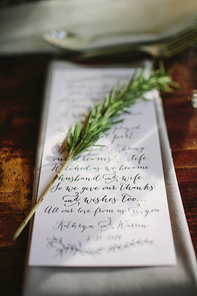 calligraphy thank you place setting | Brooke Courtney Photography | Glamour & Grace
