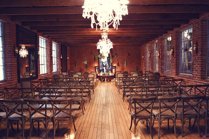 rustic ceremony decor | Lukas & Suzy VanDyke | Glamour & Grace