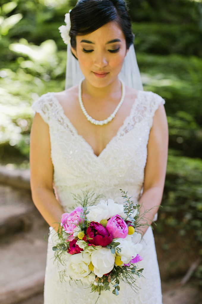peony bouquet   Jasmine Lee Photography   Glamour & Grace
