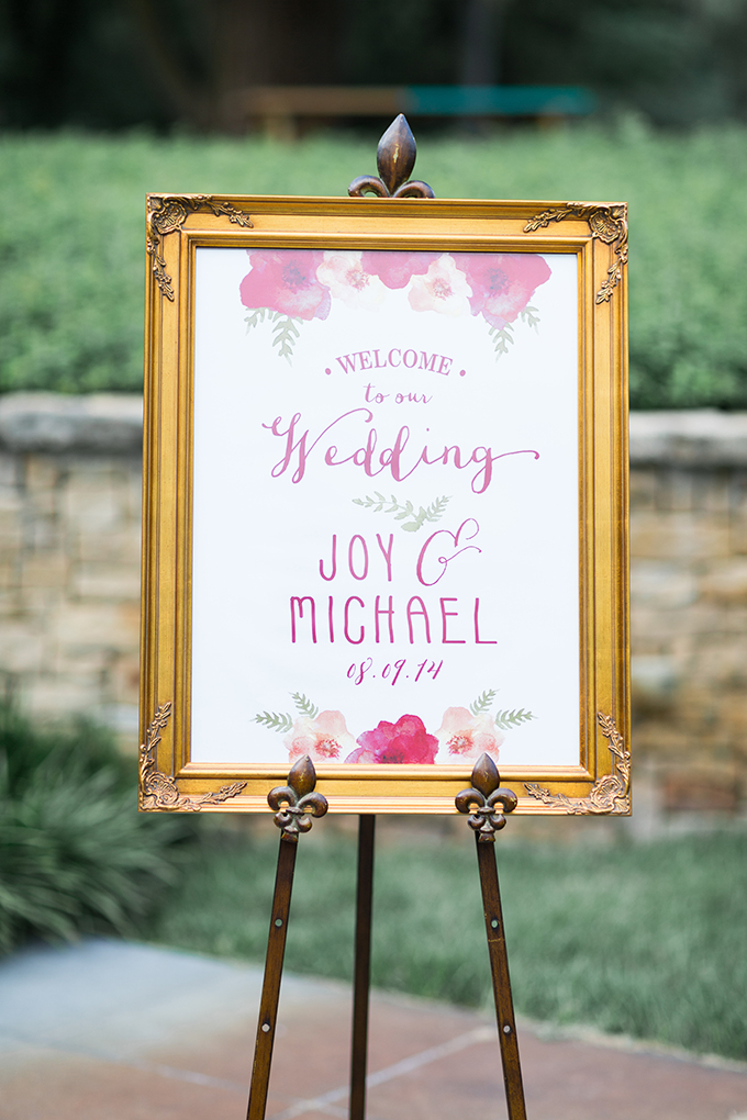 floral welcome sign | Cory + Jackie | Glamour & Grace